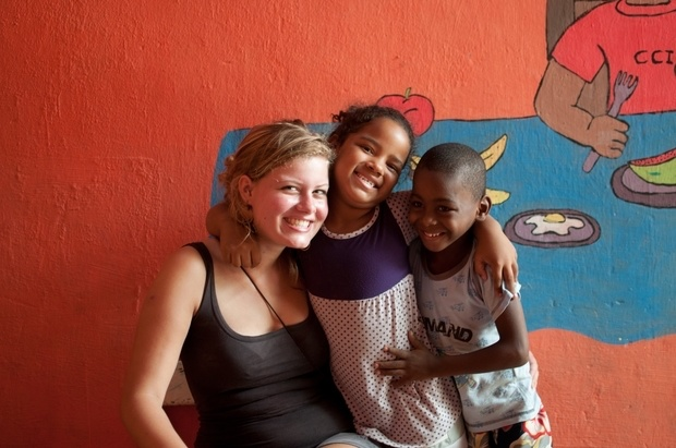 Affordable volunteer abroad programs with Iko Poran