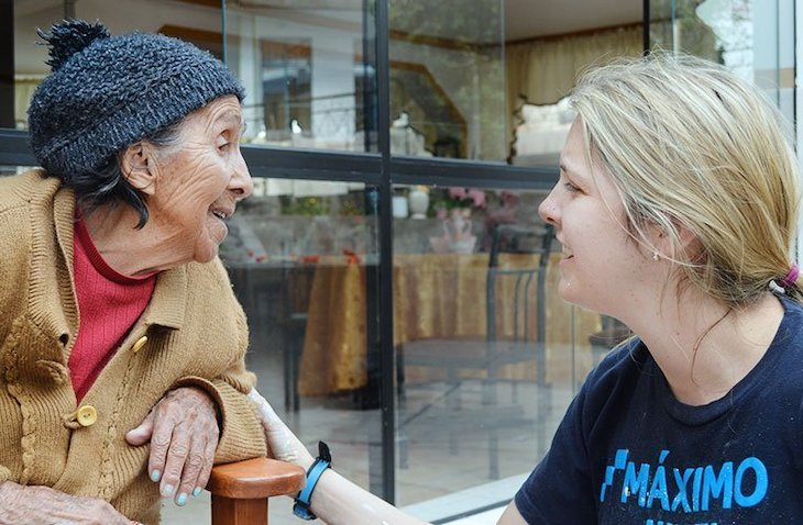 Volunteer abroad with the elderly through Maximo Nivel